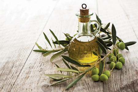 23 Unique household uses for olive oil