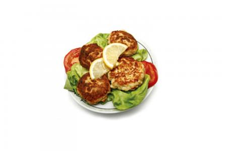 Wisconsin tuna cake with lemon dill sauce